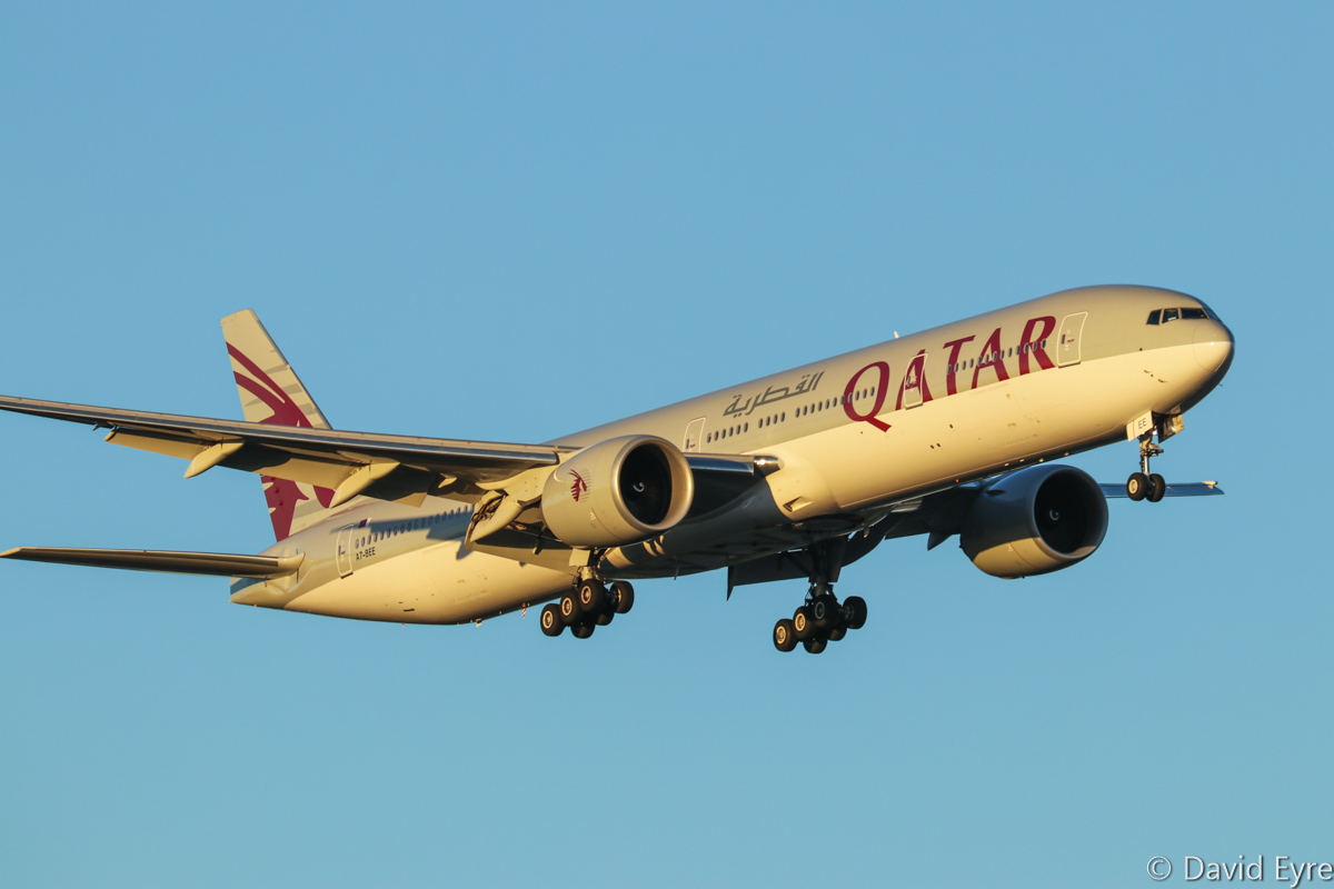 A7-BEE Boeing 777-3DZ ER (MSN 60331/1314) of Qatar Airways at Perth Airport - Mon 27 February 2017. Flight QR900 from Doha, on final approach to runway 21 at 6:34pm. Photo © David Eyre