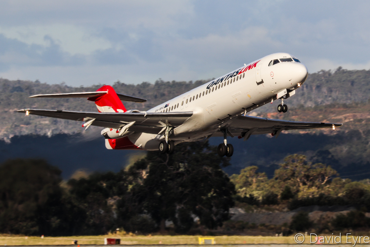 VH-NHA Fokker 100 (MSN 11490) of QantasLink (Network Aviation), at Perth Airport - Thu 23 March 2017. 'NETLINK 1620' to Geraldton, taking off from runway 24 at 5:08pm. Photo © David Eyre