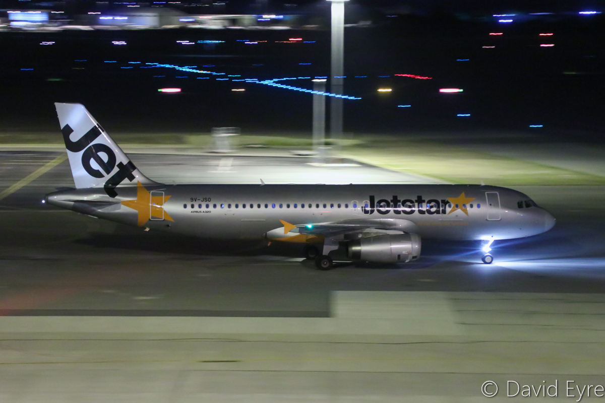 9V-JSO Airbus A320-232 (MSN 5305) of Jetstar Asia, at Perth Airport – Thu 6 April 2017. Flight 3K137 from Singapore, taxying in to park at Bay 156 at 10:20pm. Photo © David Eyre