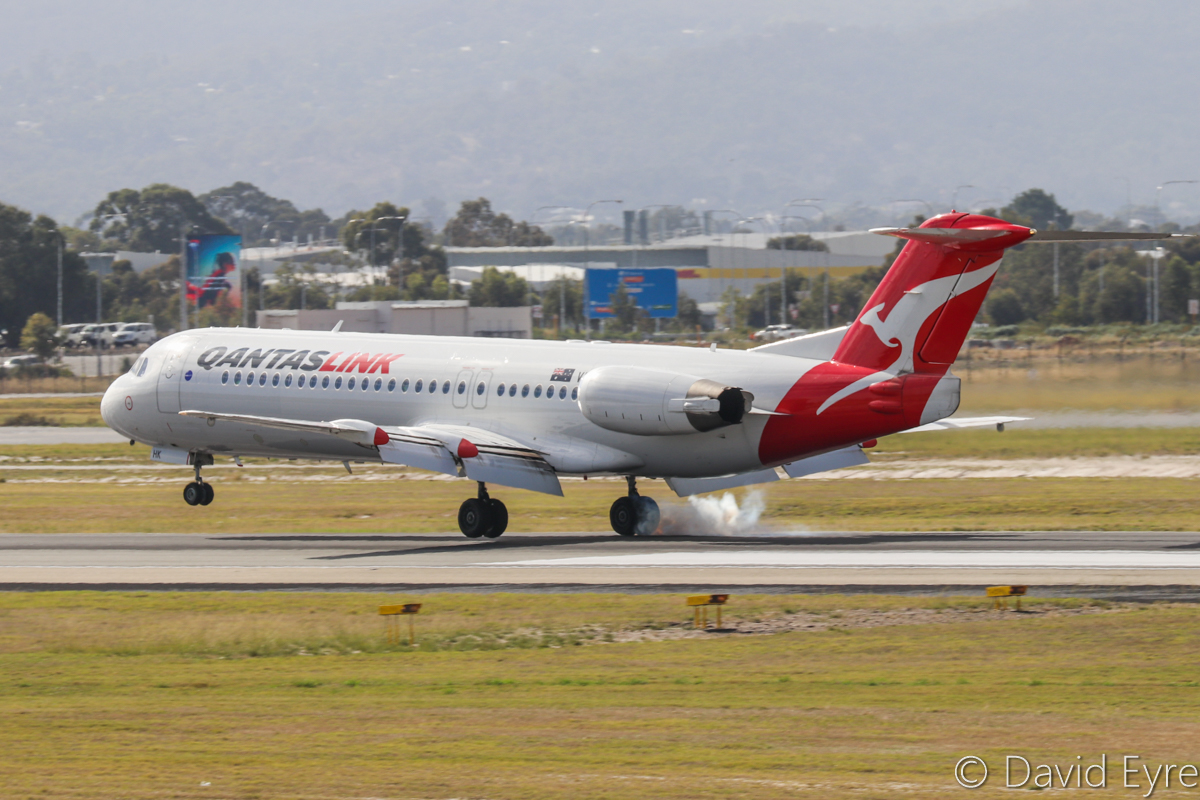 VH-NHK Fokker 100 (MSN 11465) of QantasLink (Network Aviation), at Perth Airport – 22 May 2017. NETLINK 2607 from Tropicana mine, landing on runway 03 at 10:57am. Photo © David Eyre