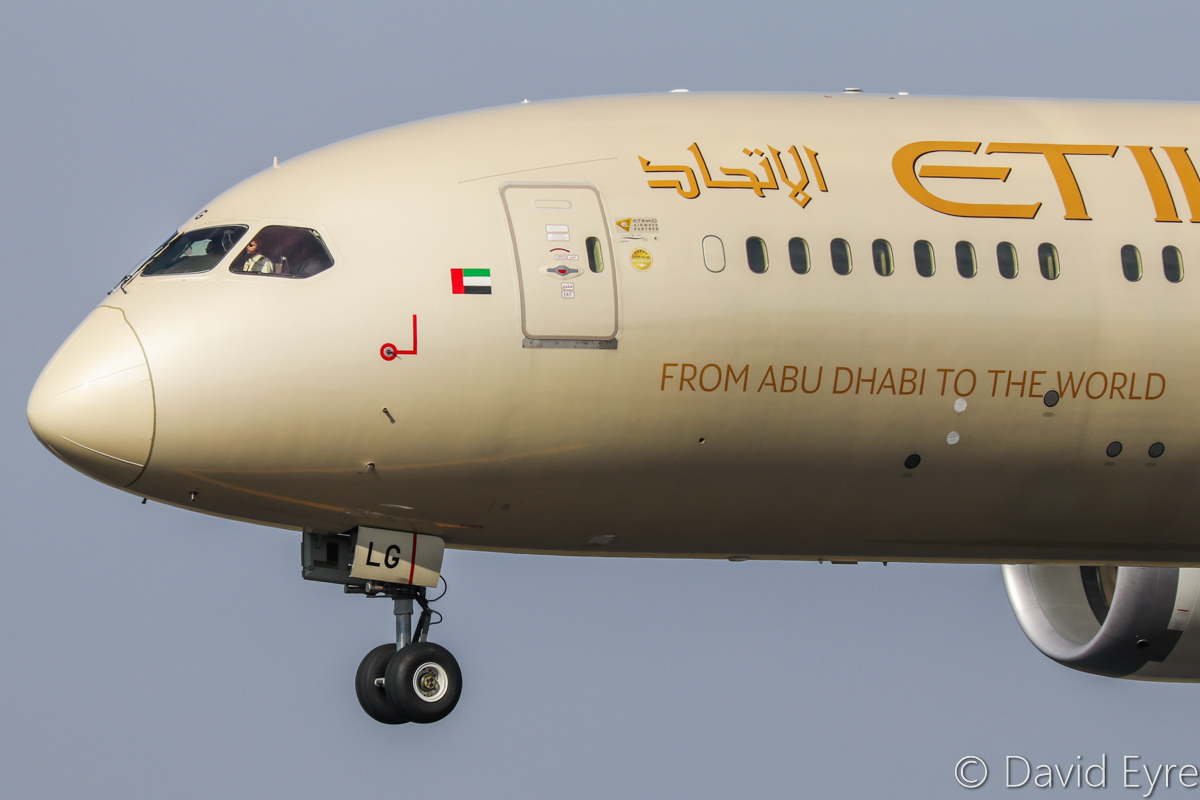 A6-BLG Boeing 787-9 Dreamliner (MSN 39652/432) of Etihad, at Perth Airport - 6 June 2017. Flight EY486 from Abu Dhabi, landing on runway 21 at 1:20pm. Photo © David Eyre
