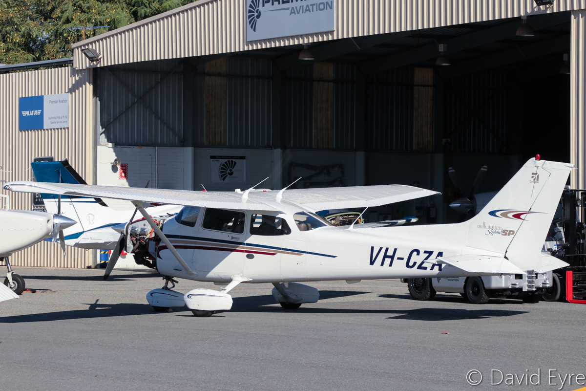 VH-CZA Cessna 172S Millenium Skyhawk SP (MSN 172S8537) owned by Peter Van Den Borne of Orbost, VIC, at Jandakot Airport - 6 June 2017. Built in 2000, ex N56PD. Photo © David Eyre