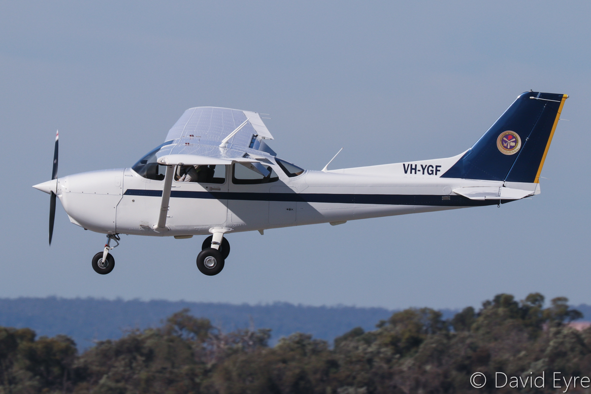 VH-YGF Cessna 172R Skyhawk (MSN 17281576), of Singapore Flying College Pte Ltd, at Jandakot Airport - 6 June 2017. Part of a fleet of Cessna 172R aircraft based at Jandakot Airport to train pilots for Singapore Airlines Group (Singapore Airlines, Singapore Cargo, Scoot, SilkAir). Landing on runway 06L. Built in 2011, ex N9088R. Photo © David Eyre