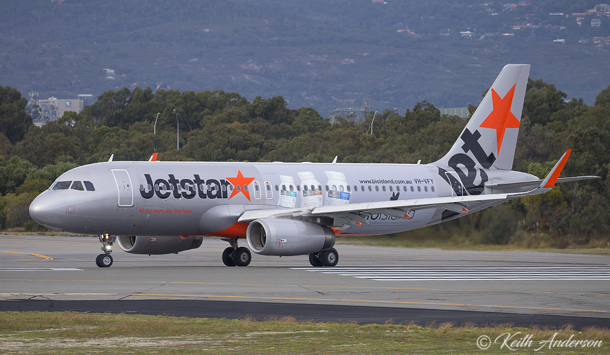 VH-VFY Airbus A320-232 (MSN 6362) of Jetstar at Perth Airport –11 June 2017.