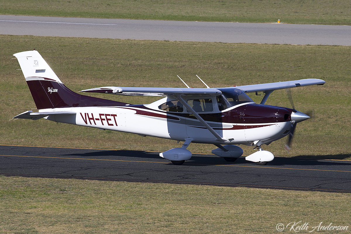 VH-FET Cessna 182T Skylane (MSN 18281400) owned by Datatec Australia Pty Ltd, at Jandakot Airport – 17 June 2017.