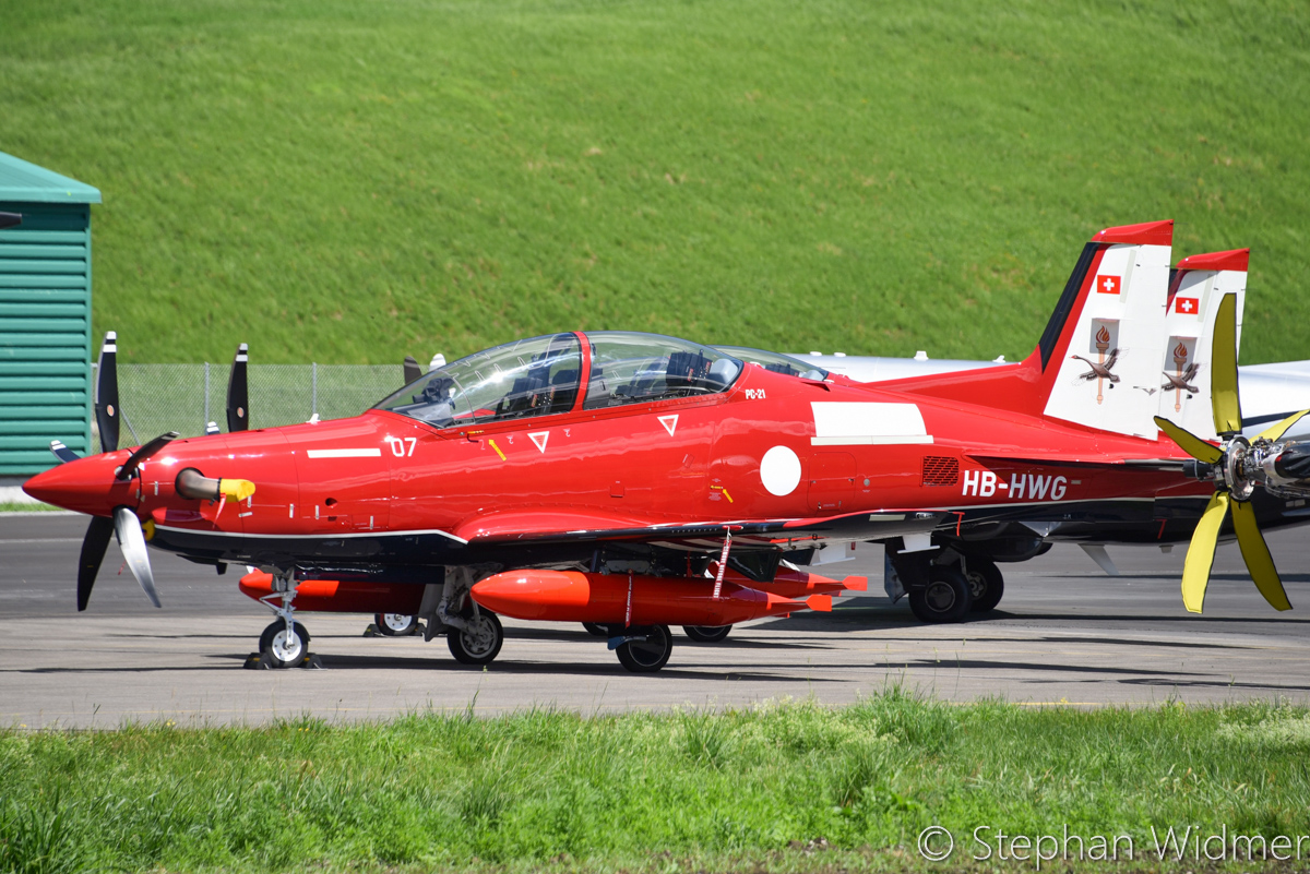 HB-HWG/A54-007 (MSN 240) and HB-HWH/A54-008 (MSN 241) Pilatus PC-21 of the Royal Australian Air Force, in 2 Flying Training School markings, at Stans, Switzerland – Fri 29 June 2017. The day prior to departing the Pilatus Aircraft facility at Stans, Switzerland on their delivery flight to Australia. Photo © Stephan Widmer