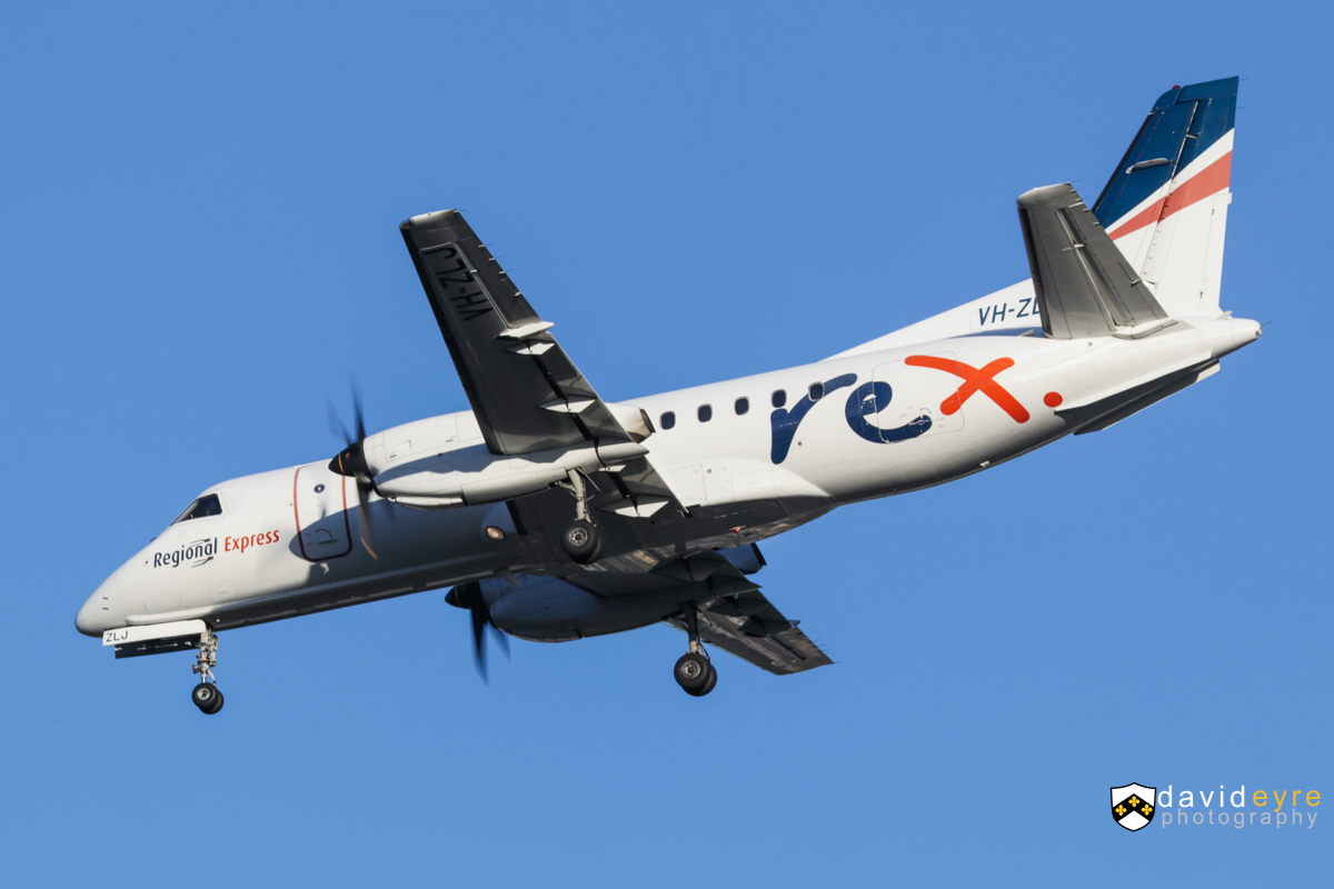 VH-ZLJ Saab 340B (MSN 340B-380) of Regional Express (Rex), at Perth Airport - 24 August 2017. Flight ZL2112 from Albany, on final approach to runway 21 at 7:35am. Photo © David Eyre