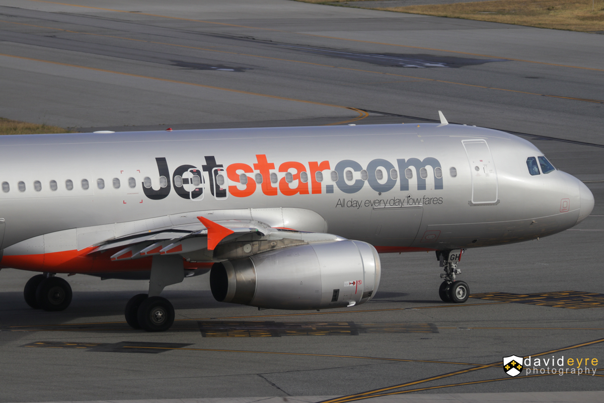 VH-VGH Airbus A320-232 (MSN 4495) of Jetstar, at Perth Airport - 29 October 2017. JQ110 to Denpasar (Bali), taxying out for departure at 7:17am. Photo © David Eyre