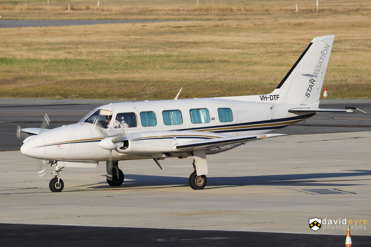 VH-DTF Piper PA-31-350 Navajo Chieftain (MSN 31-7852159) of Star Aviation at Perth Airport – 1 November 2017. Arriving from Perenjori at 5:19pm. Built in 1978, ex F-OHAS, F-GERQ, N27804. Photo © David Eyre