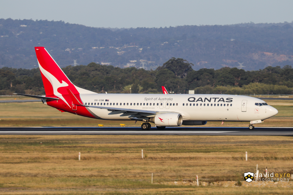VH-VXM Boeing 737-838 (MSN 33483/1177) of Qantas, named 'Mount Hotham', at Perth Airport - 1 November 2017. QF584 to Adelaide, taking off from runway 21 at 5:35pm. This was the first Qantas 737 to be repainted in the revised Qantas livery, in July 2017. Photo © David Eyre