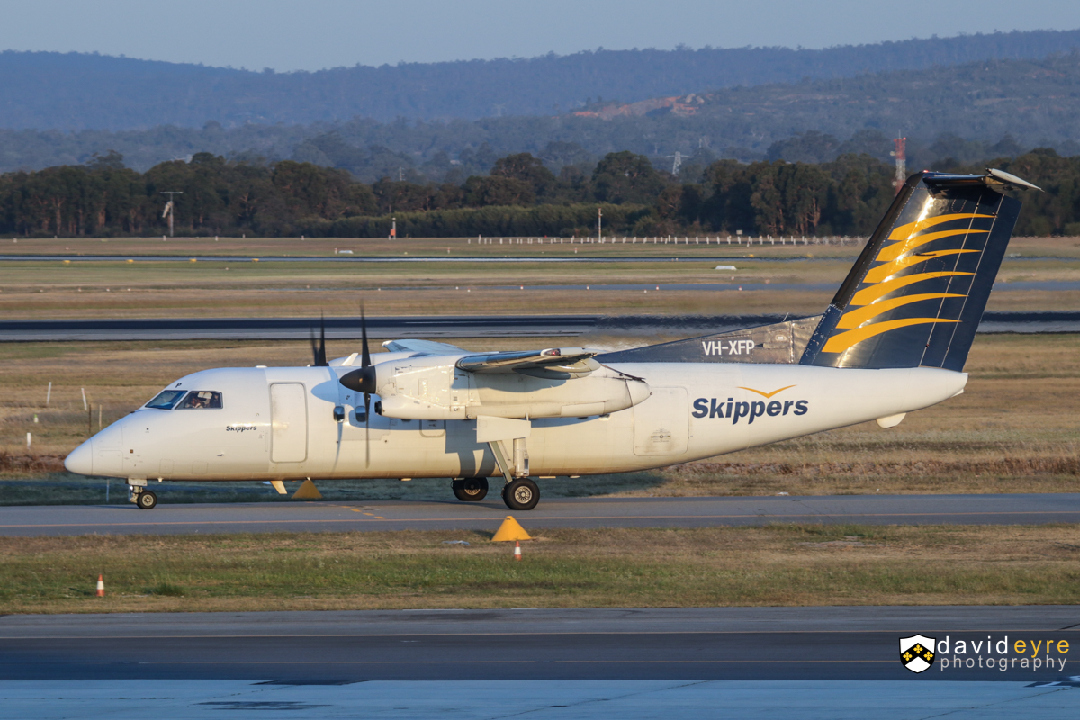 VH-XFP De Havilland Canada DHC-8-106 Dash 8 (MSN 346) owned by Skippers Aviation, at Perth Airport – 1 November 2017. Arriving from Golden Grove at 6:11pm. Photo © David Eyre