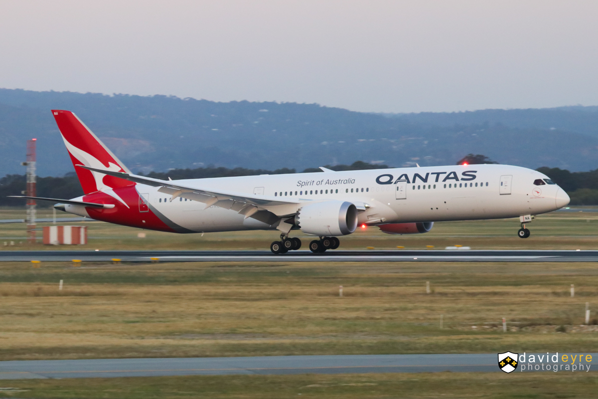 VH-ZNA Boeing 787-9 Dreamliner (MSN 39038/615) of Qantas, named 'Great Southern Land', at Perth Airport – 1 November 2017. ** First visit to Perth by a Qantas Boeing 787-9 and its first revenue service since being delivered on 17-20 October 2017. ** The type is operating domestic services prior to being used on international routes. Flight QF481 from Melbourne, landing on runway 21 at 6:38pm. Photo © David Eyre