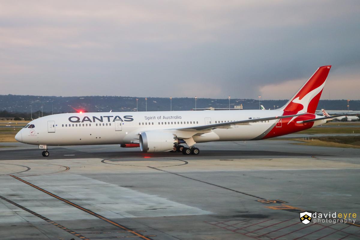 VH-ZNA Boeing 787-9 Dreamliner (MSN 39038/615) of Qantas, named 'Great Southern Land', at Perth Airport – 1 November 2017. ** First visit to Perth by a Qantas Boeing 787-9 and its first revenue service since being delivered on 17-20 October 2017. ** The type is operating domestic services prior to being used on international routes. Flight QF481 from Melbourne, taxying in to park at Bay 14, Terminal 4, at 6:43pm. Photo © David Eyre