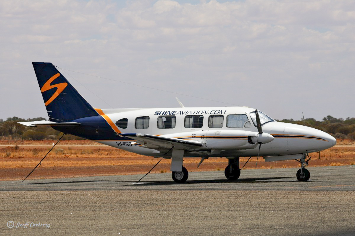 VH-PGO Piper PA-31-350 Navajo Chieftain (MSN 31-7852109) owned by Shine Aviation of Geraldton, WA, at Meekatharra Airport - 14 November 2017. Built in 1978, ex VH-SFH, N27709. Photo © Geoff Carberry