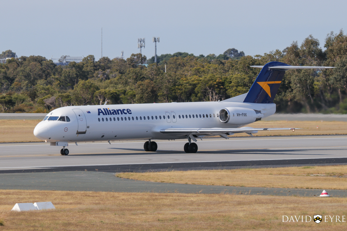 VH-FKK Fokker 100 (MSN 11379) of Alliance Airlines, at Perth Airport - 2 November 2017. Taking off from runway 06 at 8:19am as flight QQ7874 to Telfer. Photo © David Eyre