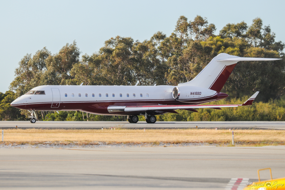 N416BD Bombardier BD-700-1A10 Global Express XRS (MSN 9375) owned by TVPX ARS Inc Trustee, at Perth Airport - 3 November 2017. Lining up on runway 06 at 6:55am for departure to Cairns. It arrived in Perth at 5:47am from Durban, South Africa. Built in 2009, ex C-FYMT, N121ZZ. Photo © David Eyre