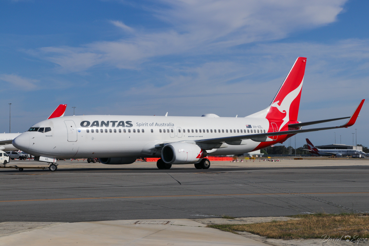 VH-VZL Boeing 737-838 (MSN 34194/3621) of Qantas, named 'Newcastle', at Perth Airport - 3 November 2017. Seen during pushback from bay 15, Terminal 4 for engine start at 8:01am, departing as QF668 to Adelaide. Photo © David Eyre