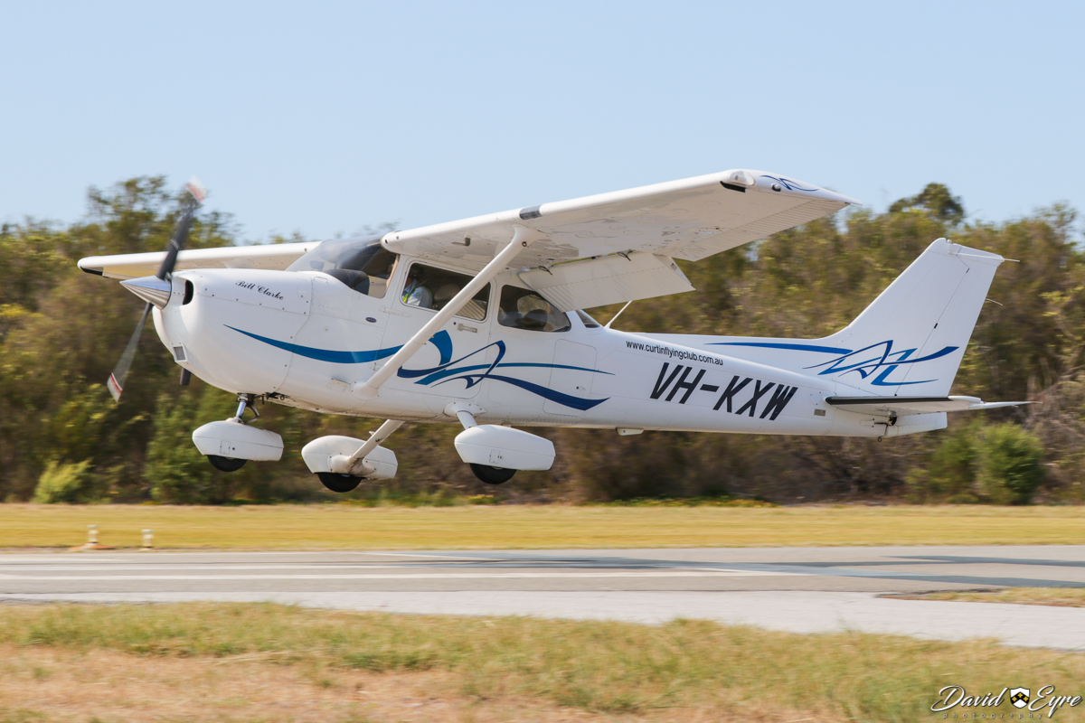 VH-KXW Cessna 172S Skyhawk SP (MSN 172S10679) owned by Curtin Flying Club Inc, named 'Bill Clarke', at the Sport Aircraft Builders Club (SABC) Annual Fly-In, Serpentine Airfield - 5 November 2017. Photo © David Eyre. Built in 2008, ex N60524.